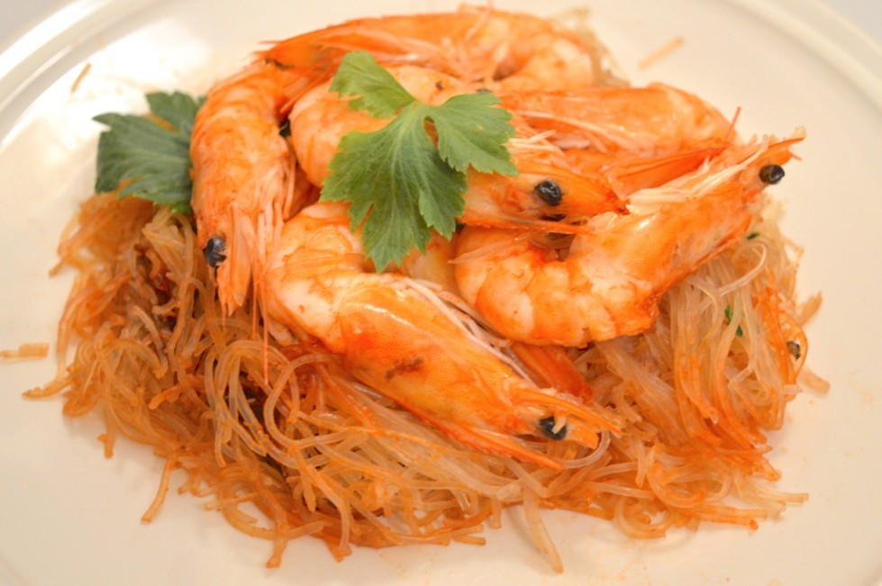 Thai Steamed Glass Noodles With Juicy Prawns Recipe