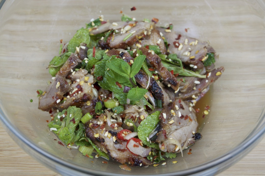 issan pork mint salad