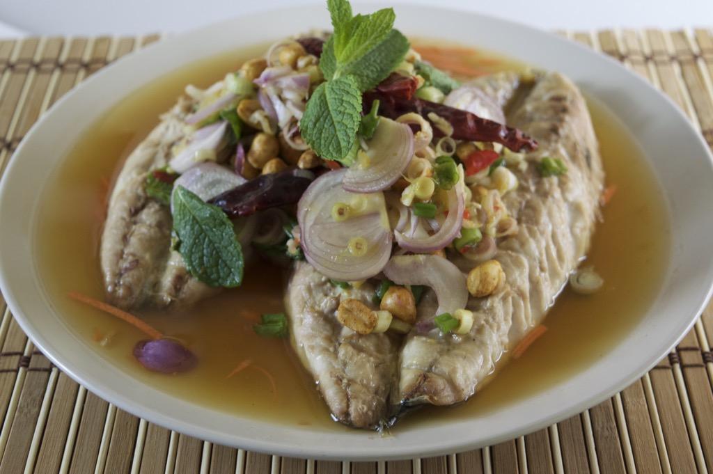 yum pla yaang recipe