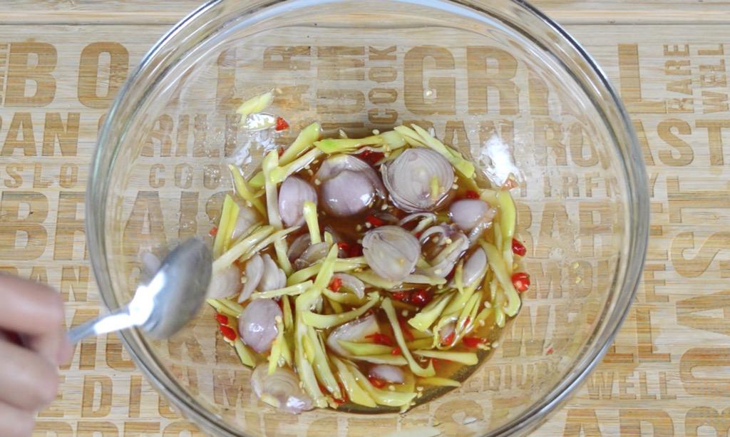 making green mango chilli fish sauce