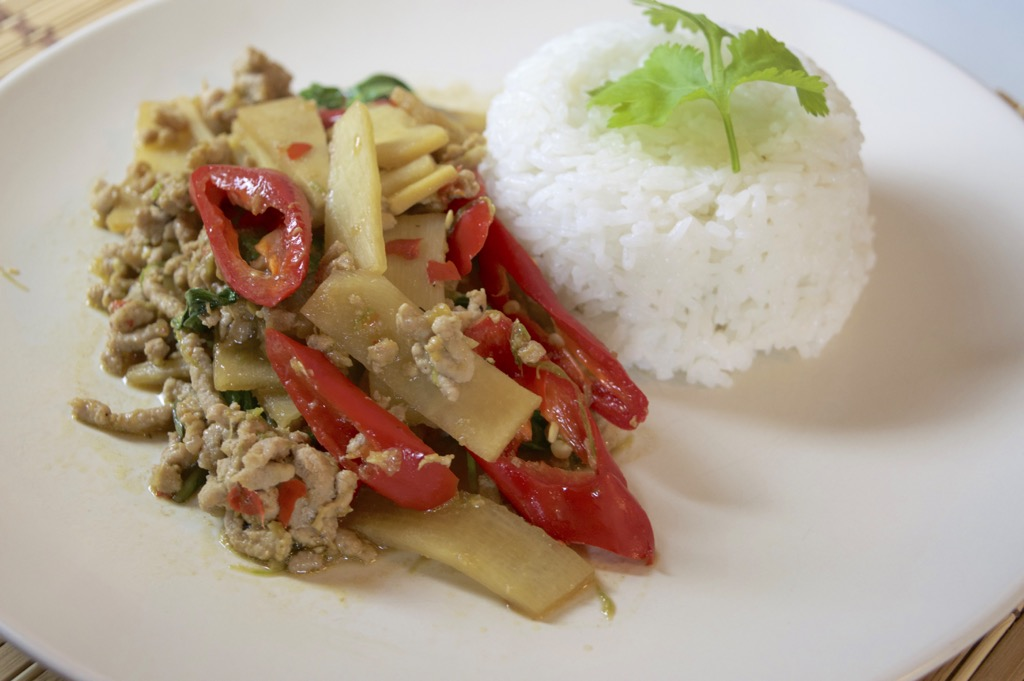 thai pork and bamboo shoot stir fry