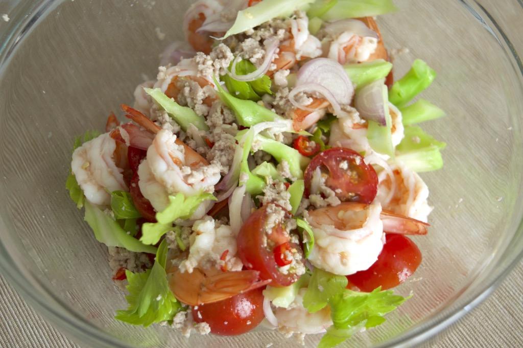Spicy Shrimp And Broccoli Salad recipe