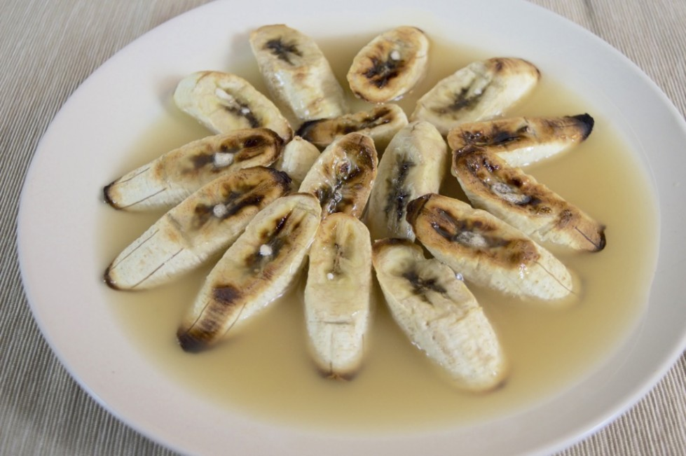 grilled bananas in coconut syrup recipe