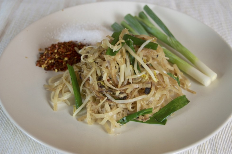 Thai Rice Noodle Stir Fry With Crab