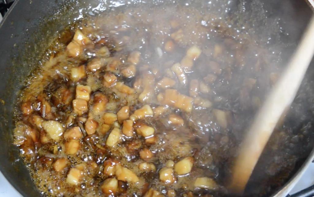 thai sweet pork belly