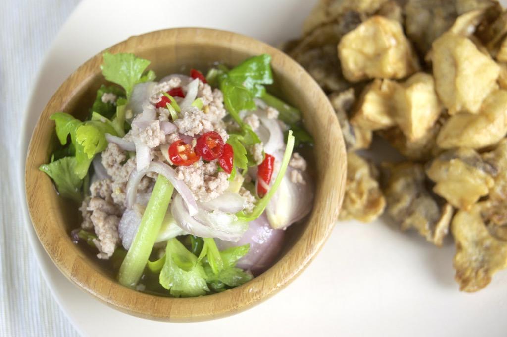 thai oyster mushroom salad