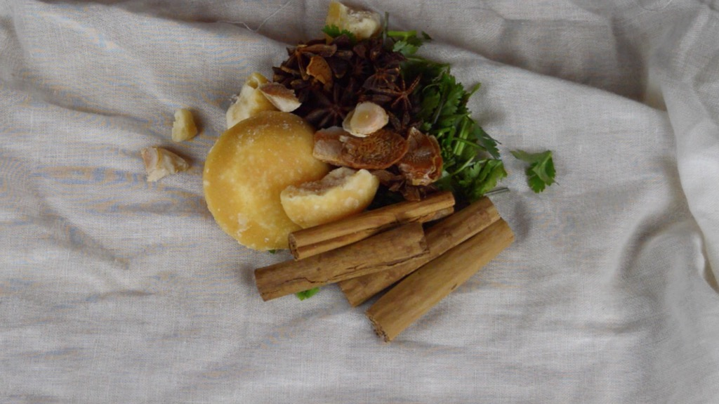 wrapping the herbs in muslin cloths