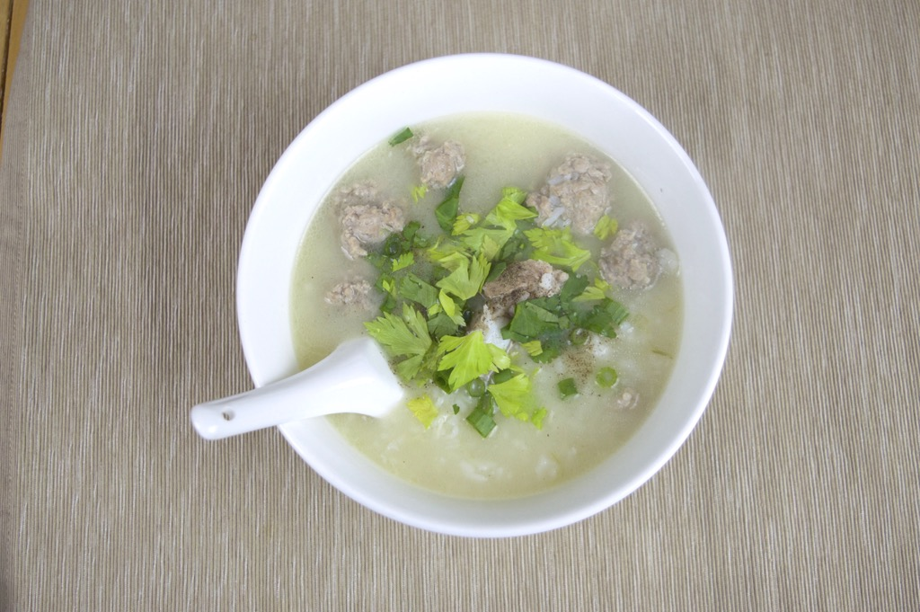 rice soup with pork ribs